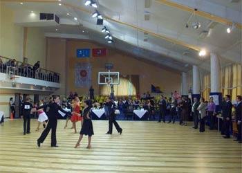 Танцевальный клуб бальных танцев в москве караоке клуб сао москва